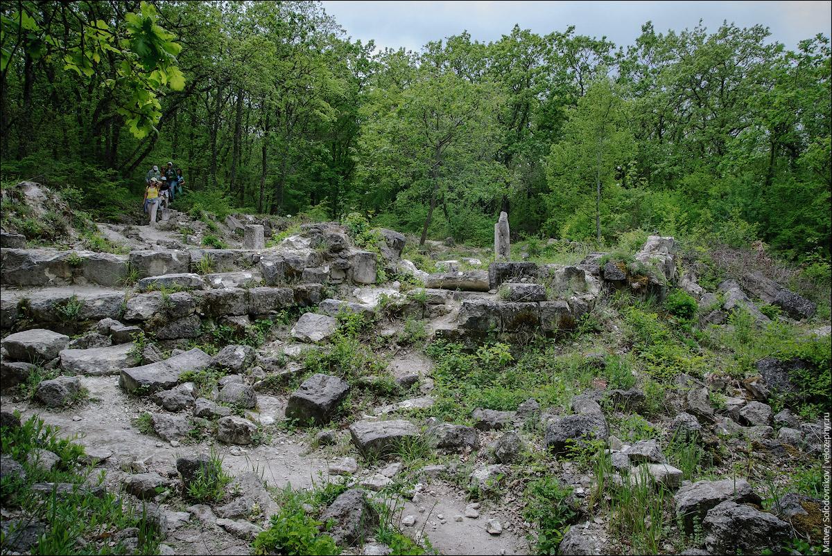 Развалины храма
