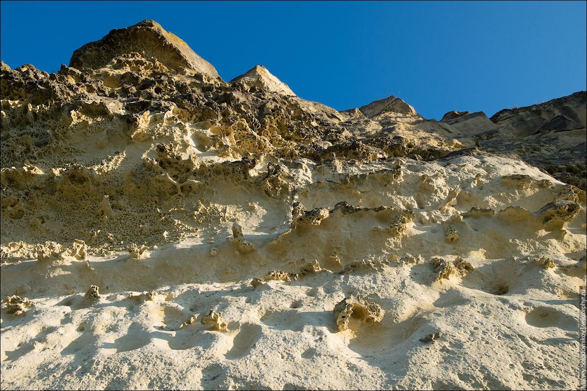 Песочный цвет