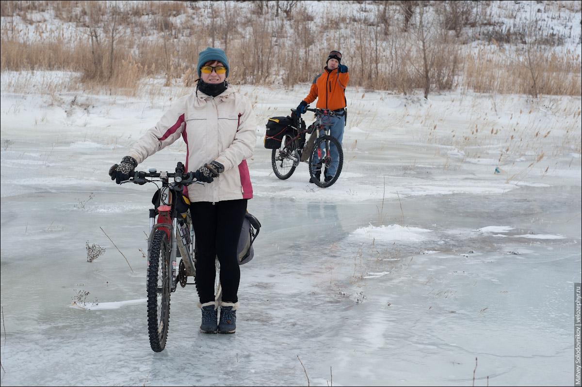 По льдам