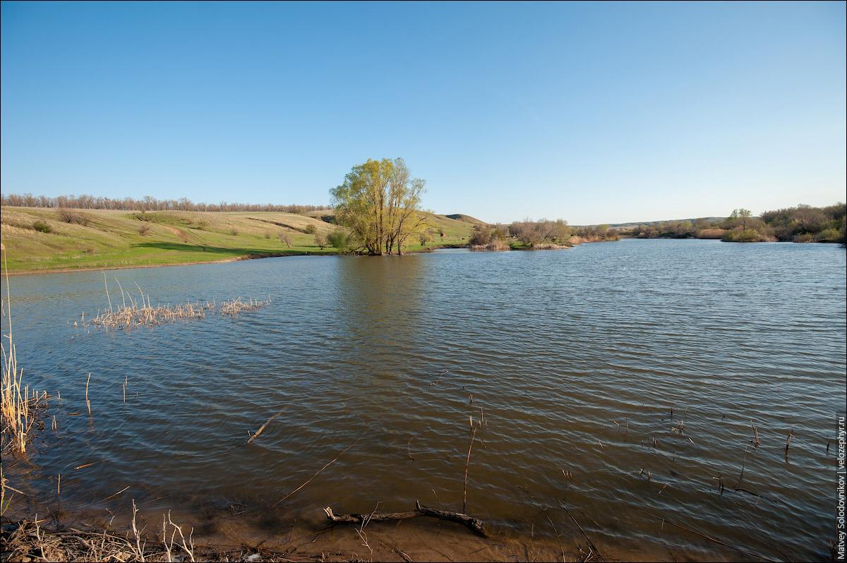 На озерце