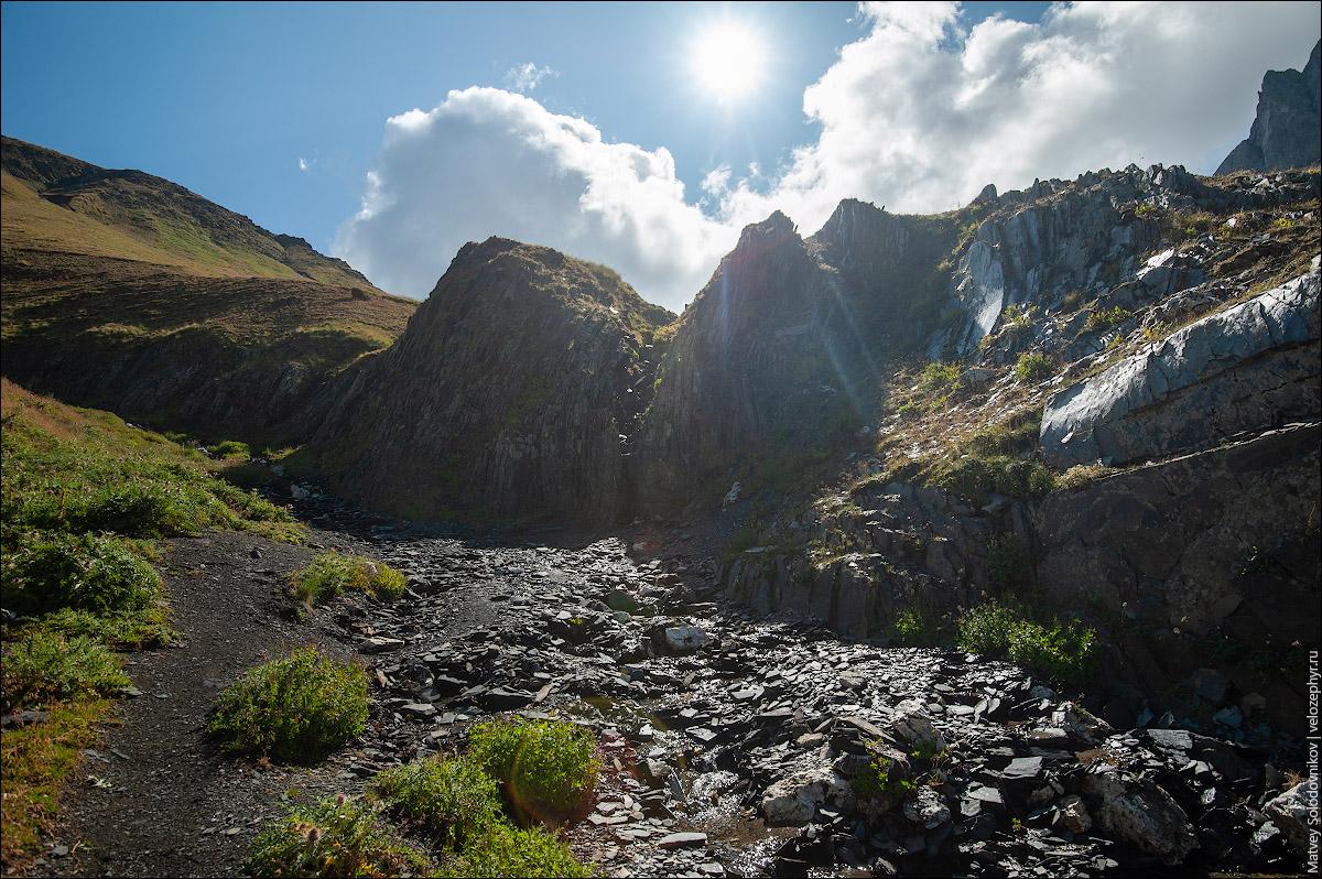 Последний источник воды перед перевалом.